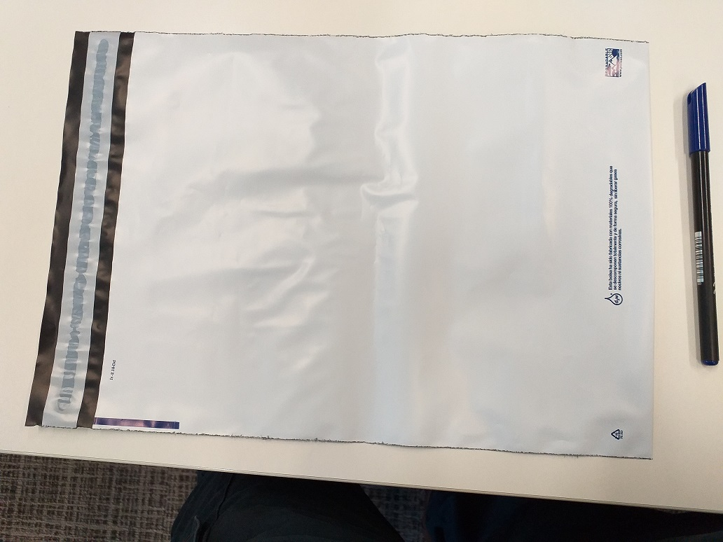 Polyethylene plastic bags for courier